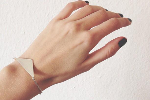 danielle vroemen triangulated bracelet - madeofjewelry
