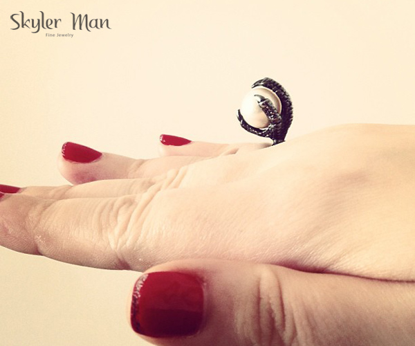 skyler man claw ring  - madeofjewley