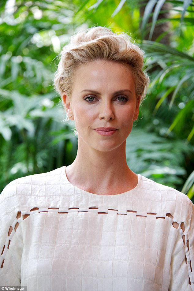 charlize theron press conference - madeofjewelry